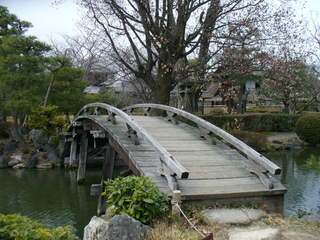 東本願寺 橋.JPG