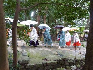 大田神社へ.JPG