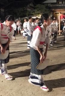題目踊り浴衣3.JPG